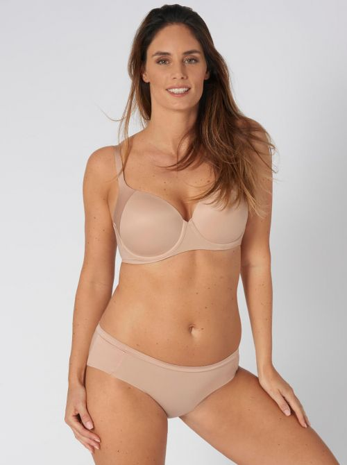 Body Make Up Soft Touch Hipster, beige TRIUMPH